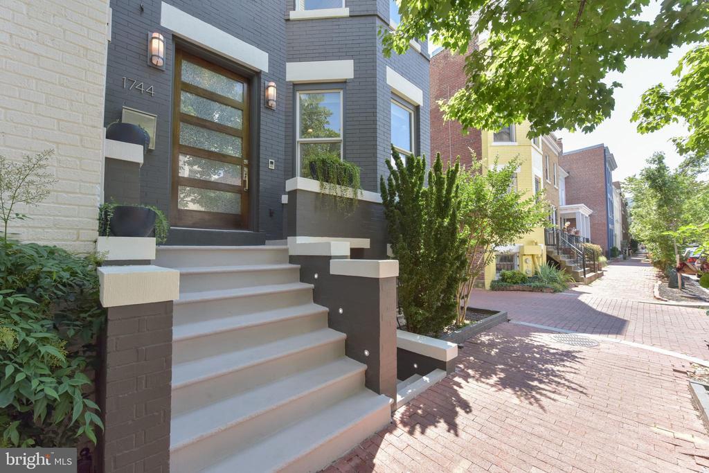 Bricked sidewalk welcomes you home - 1744 WILLARD ST NW, WASHINGTON