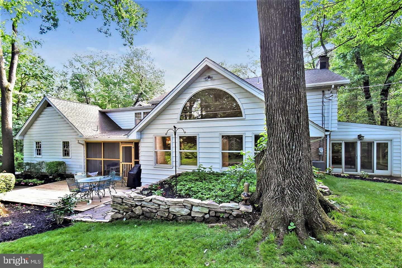 Single Family Homes för Försäljning vid Allentown, Pennsylvania 18103 Förenta staterna