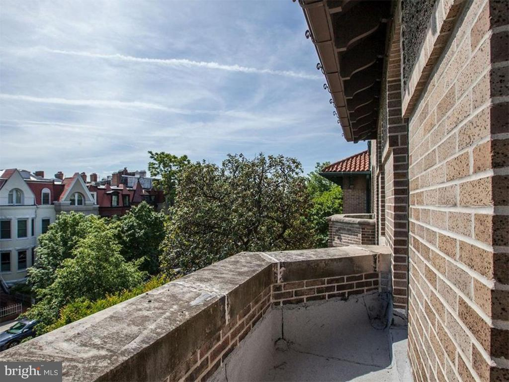Balcony - 1814 19TH ST NW, WASHINGTON