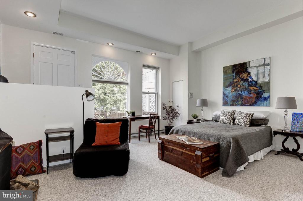 Main Level Bedroom - 2015 Q ST NW, WASHINGTON