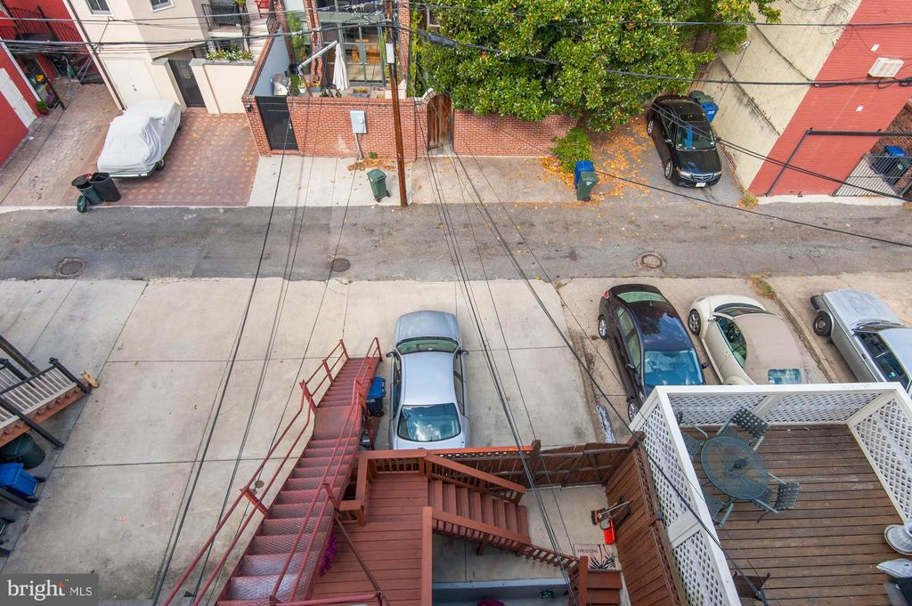 Parking Pad - 2015 Q ST NW, WASHINGTON