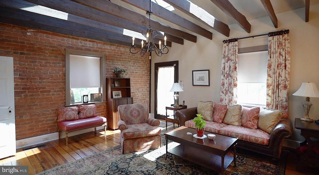 Warm & cozy den situated at the back of the house - 406 HANOVER ST, FREDERICKSBURG