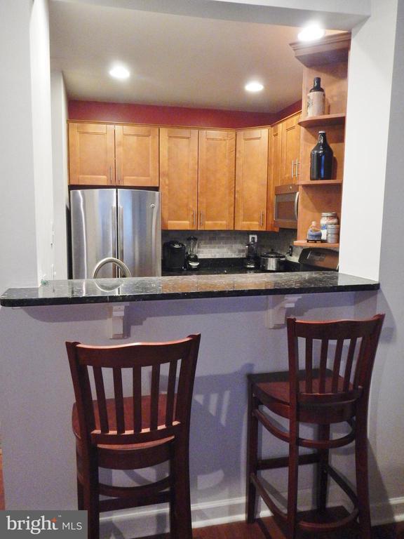 Pass-Through from Kitchen - 1320 N WAYNE ST #101, ARLINGTON