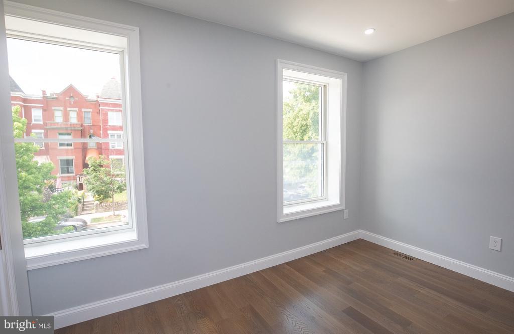 Second level bedroom #3 - 50 BRYANT ST NW, WASHINGTON