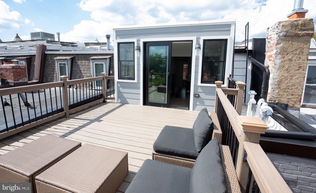 3rd level roof deck - 50 BRYANT ST NW, WASHINGTON
