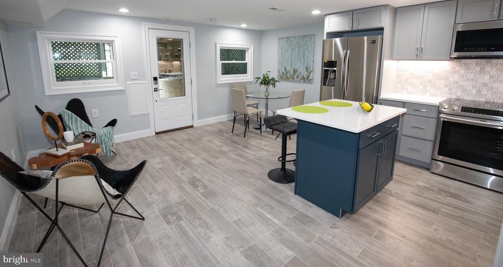 Lower level apartment - 50 BRYANT ST NW, WASHINGTON