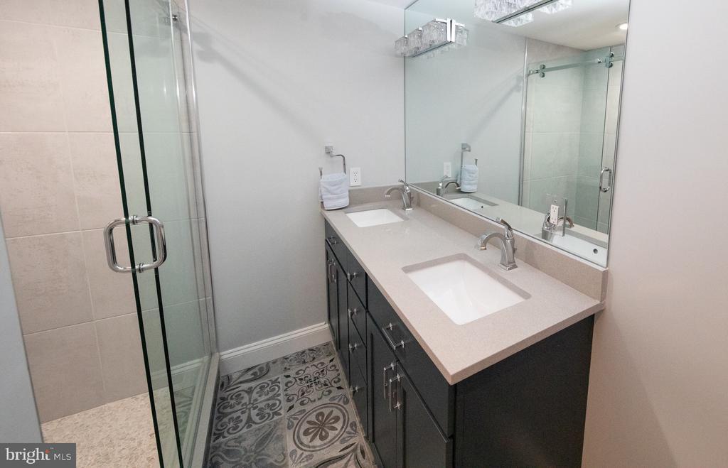 Lower level bathroom with Porcelanosa tiles - 50 BRYANT ST NW, WASHINGTON