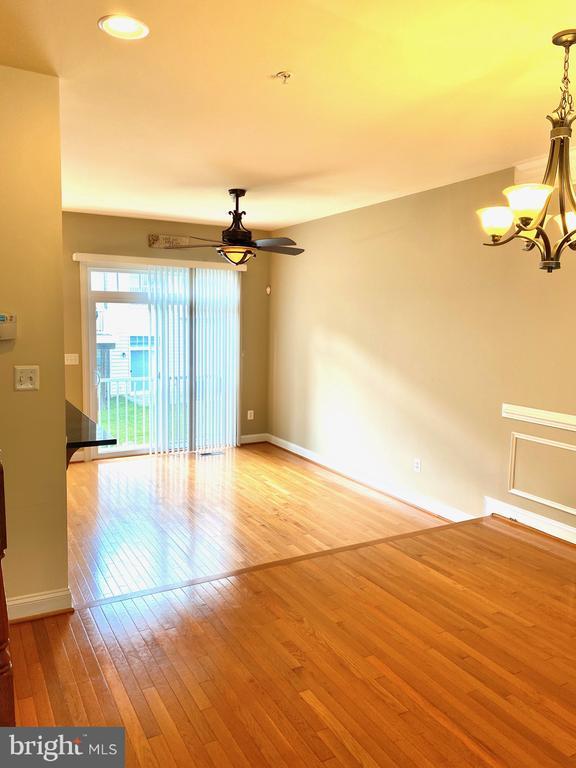 Main Level/ Living Room - 3917 CHELSEA PARK LN #4, BURTONSVILLE