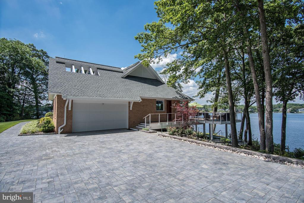 Extensive Waterside Hardscape - 2920 SOUTHWATER POINT DR, ANNAPOLIS