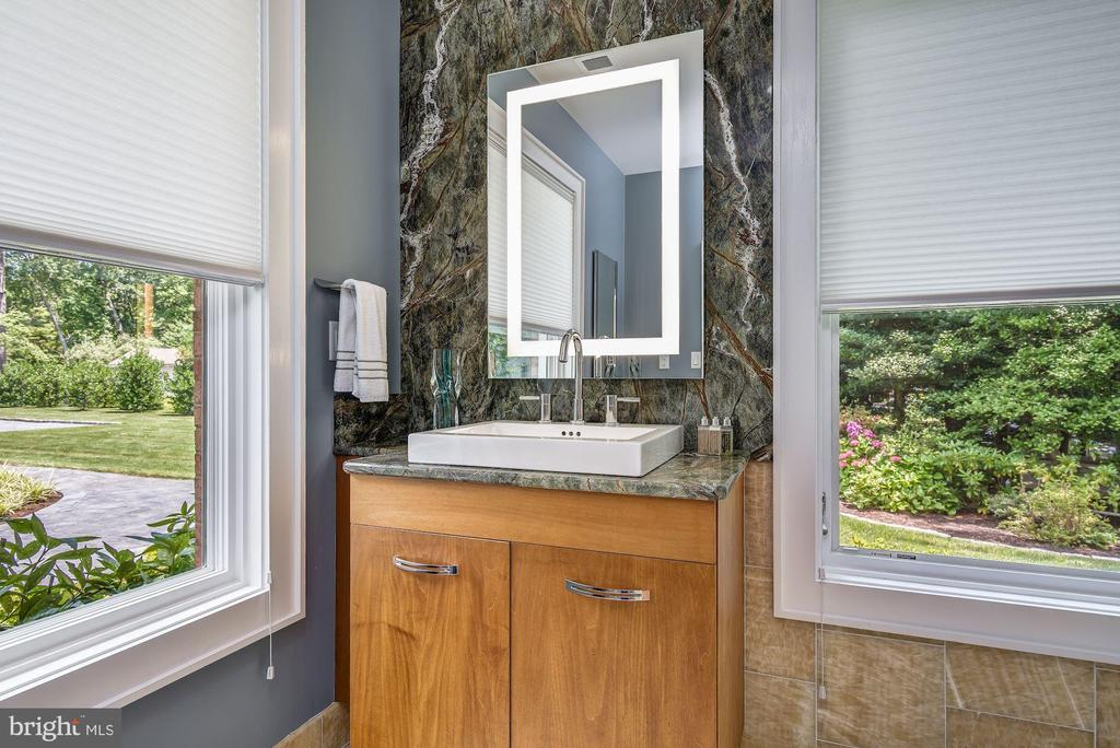 Full Bath / Hall Bath - 2920 SOUTHWATER POINT DR, ANNAPOLIS