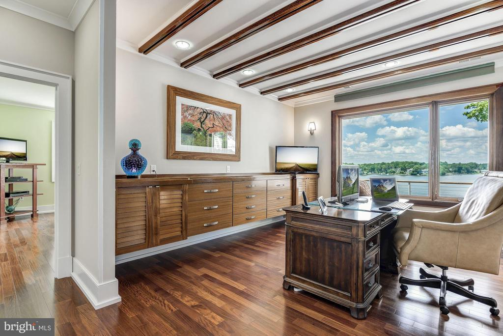 Waterside Study and Floating Built-in Cabinetry - 2920 SOUTHWATER POINT DR, ANNAPOLIS