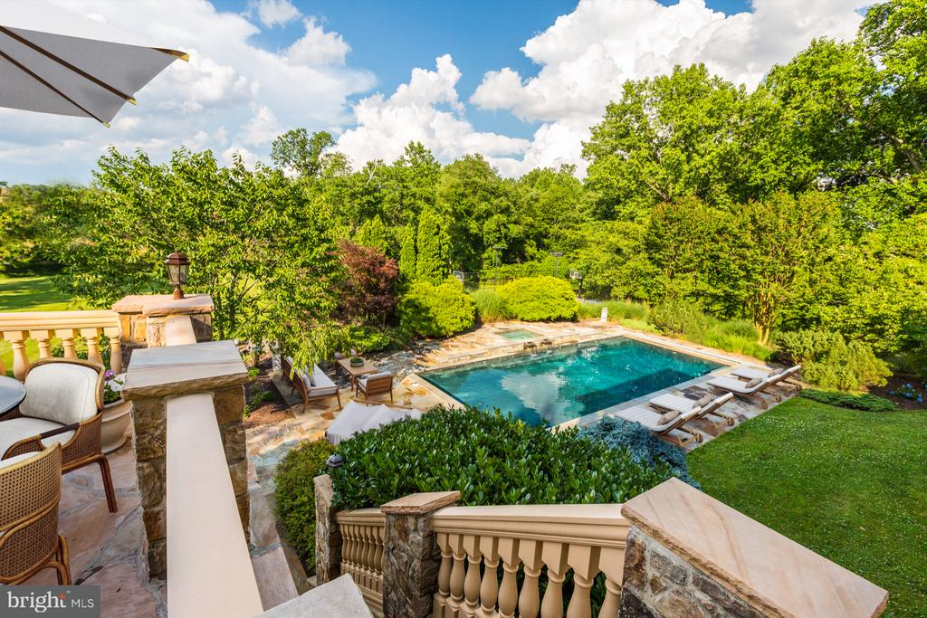 Ultimate Seclusion - 8313 PERSIMMON TREE RD, BETHESDA