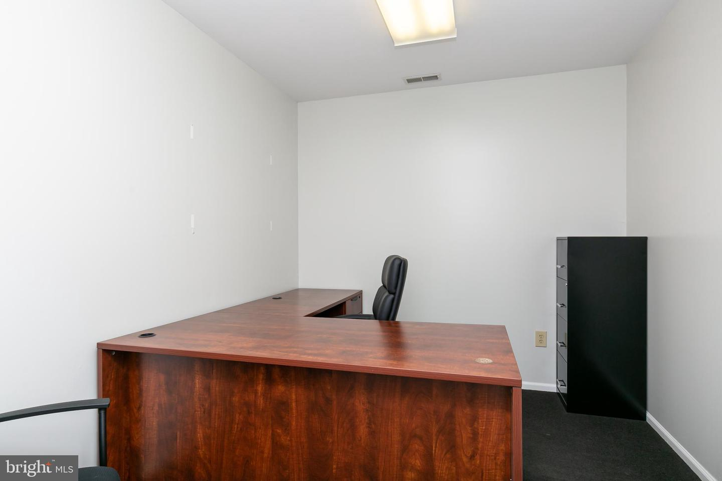 Additional photo for property listing at  Burlington, New Jersey 08016 Hoa Kỳ