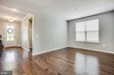 Flex space for dining, office, wine bar, playroom? - 400 CONEFLOWER LN, STAFFORD