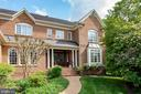 Beautiful Home - 3601 SURREY DR, ALEXANDRIA