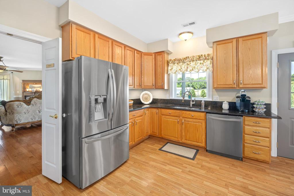 STAINLESS STEEL APPLIANCES - 228 ROCK HILL CHURCH RD, STAFFORD