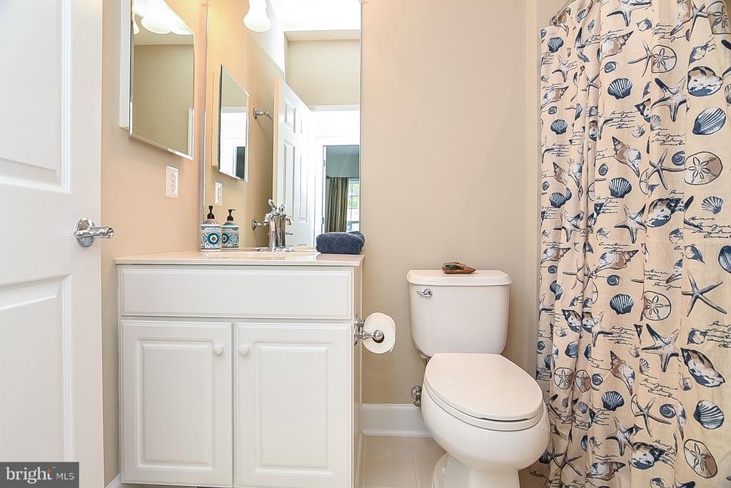 Bathroom 1 - 45 DENISON ST, FREDERICKSBURG