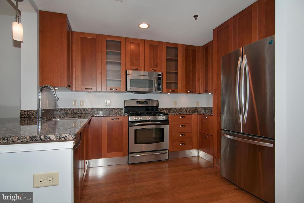 Spacious kitchen - 5750 BOU AVE #1508, NORTH BETHESDA