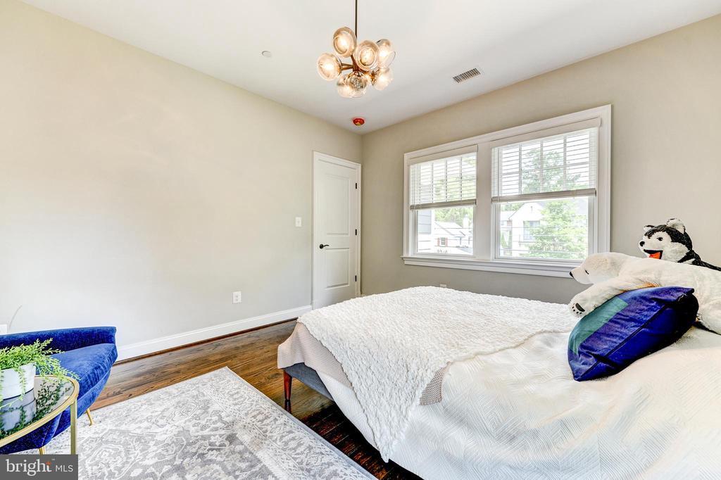 Bedroom #3 - 4522 CHELTENHAM DR, BETHESDA