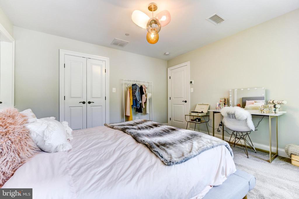 Bedroom - 4522 CHELTENHAM DR, BETHESDA