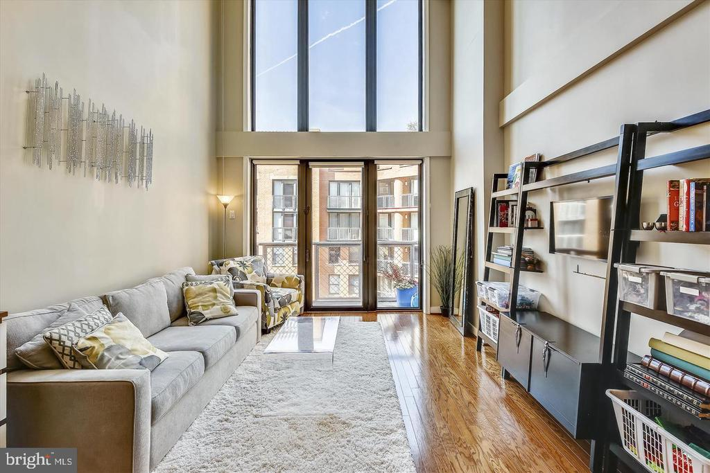 Open Living Room With Hard Wood Floors - 616 E ST NW #1155, WASHINGTON