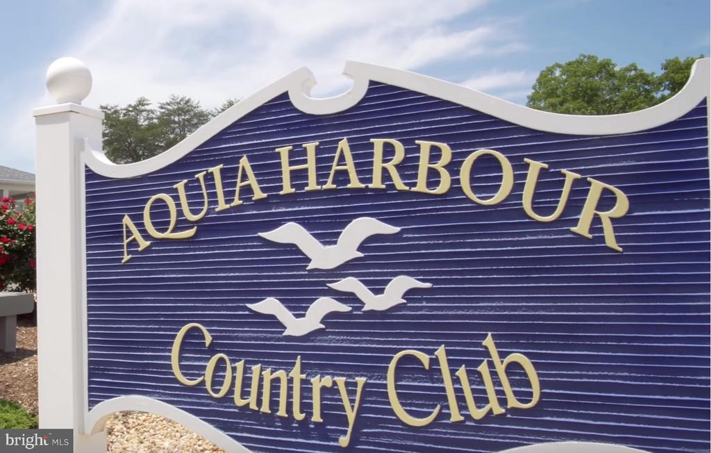 Aquia Harbour Country Club - 3256 TITANIC DR, STAFFORD