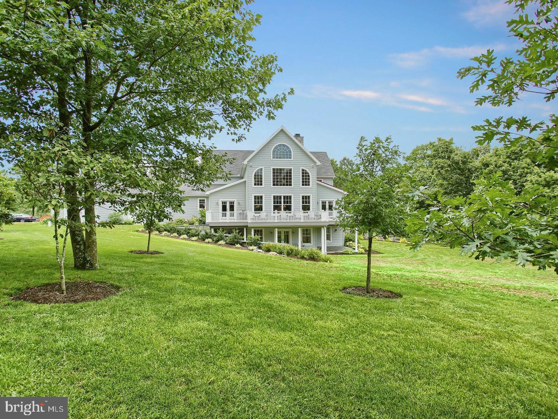 Single Family Homes per Vendita alle ore Carlisle, Pensilvania 17013 Stati Uniti