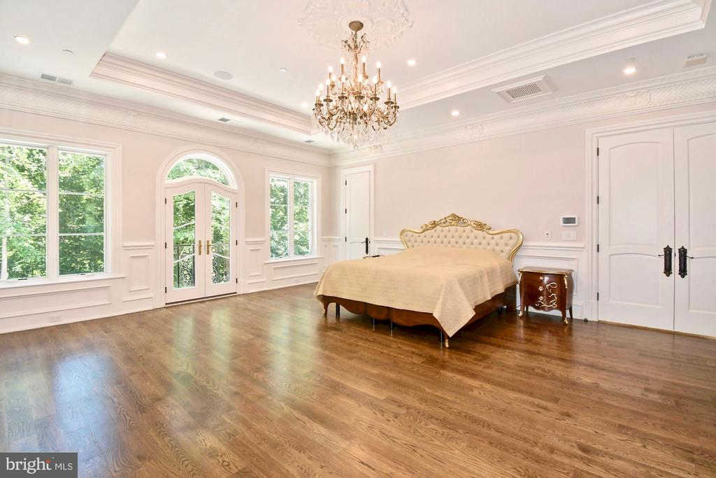Owner's Suite #2 (Upper Level) - 9305 INGLEWOOD CT, POTOMAC