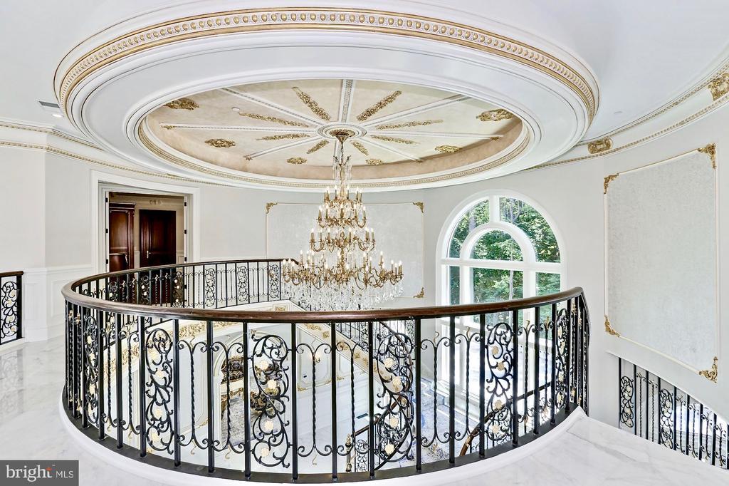 Upper Foyer - 9305 INGLEWOOD CT, POTOMAC