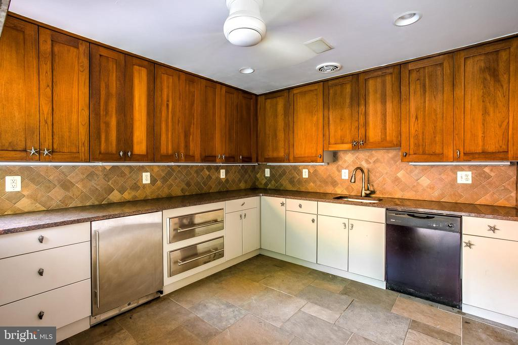 Full Outdoor Kitchen - 11140 HOMEWOOD RD, ELLICOTT CITY