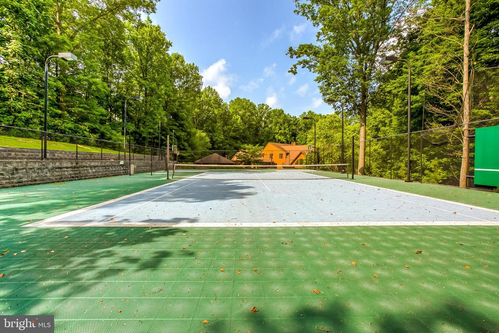 Sport Court with Tennis, Volleyball, Basketball - 11140 HOMEWOOD RD, ELLICOTT CITY