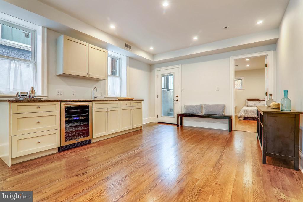 Family Room - 602 E ST SE #A, WASHINGTON