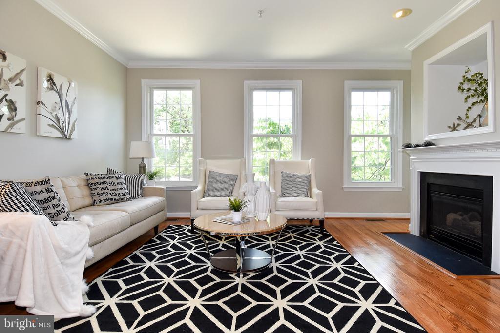 Living Room - 605 7TH ST SW, WASHINGTON