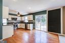 Kitchen with eat in area - 14810 CROSSVALLEY RD, BURTONSVILLE
