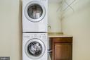 Upper level laundry room - 14810 CROSSVALLEY RD, BURTONSVILLE