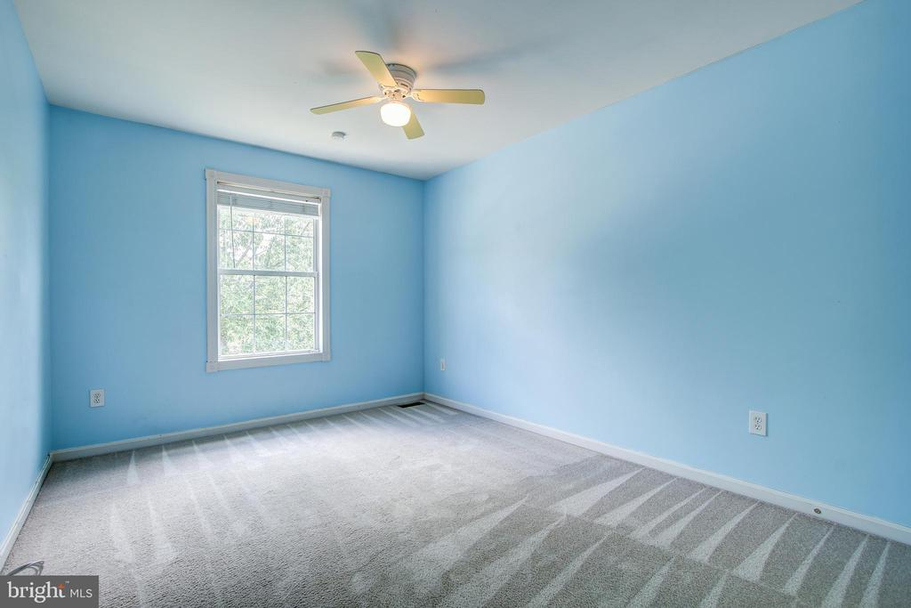 Bedroom #4 - 14810 CROSSVALLEY RD, BURTONSVILLE