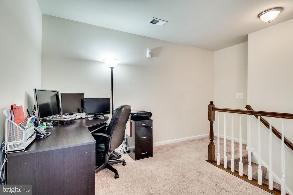 Office Area (3rd level) - 4242 MEYERS RD, TRIANGLE