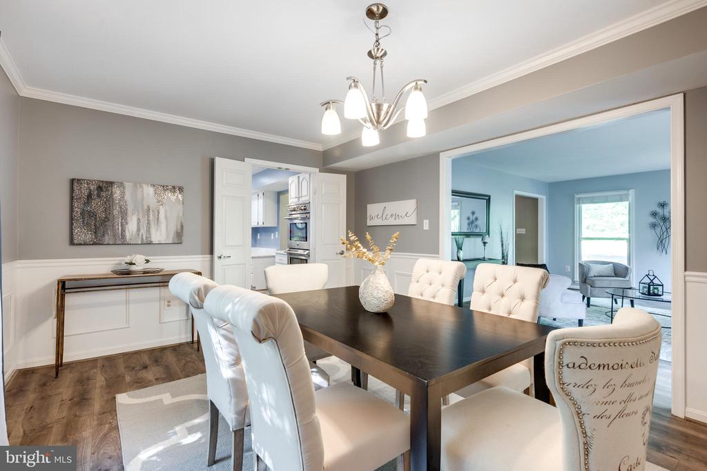 Dining room with views of the living room - 348 EUSTACE RD, STAFFORD
