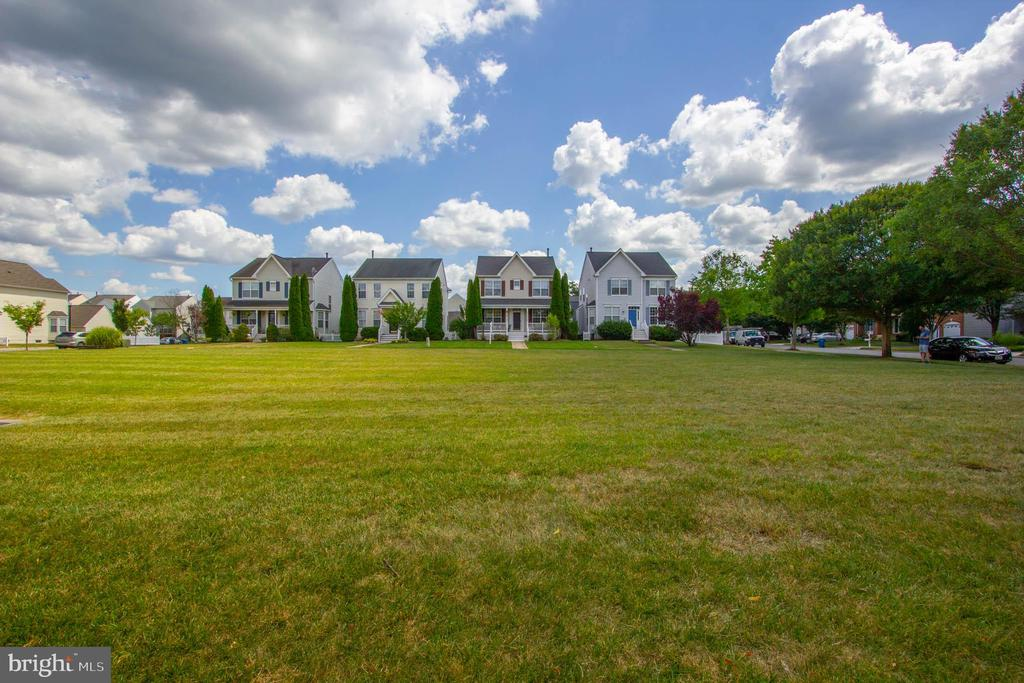 - 42612 ANABELL LN, CHANTILLY