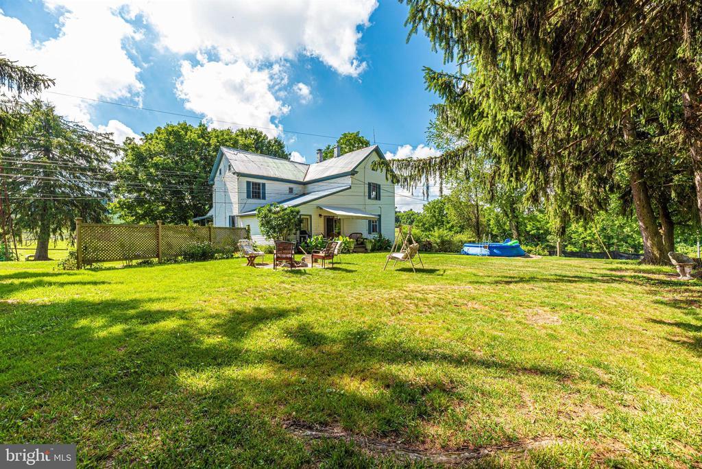 backyard of main house - 11437 BETHESDA CHURCH RD, DAMASCUS