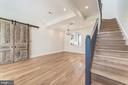 Soaring 10ft ceilings and sliding barn door - 704 G ST NE, WASHINGTON