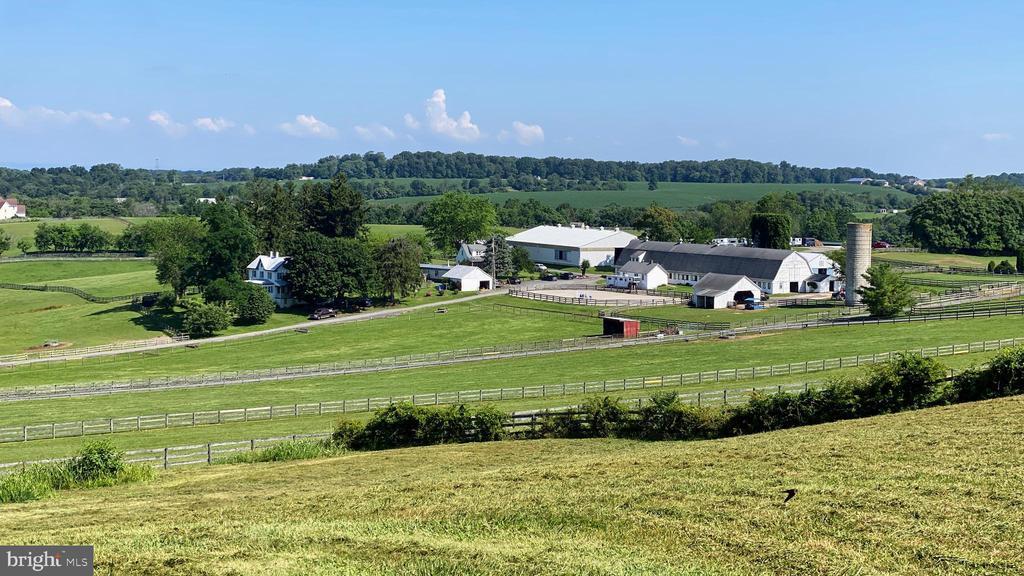 Southwind Farm - 11437 BETHESDA CHURCH RD, DAMASCUS