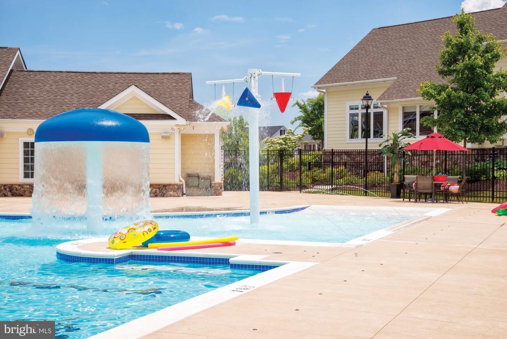 Kid Area at Loudoun Valley Pool - 43184 MONGOLD SQ, ASHBURN