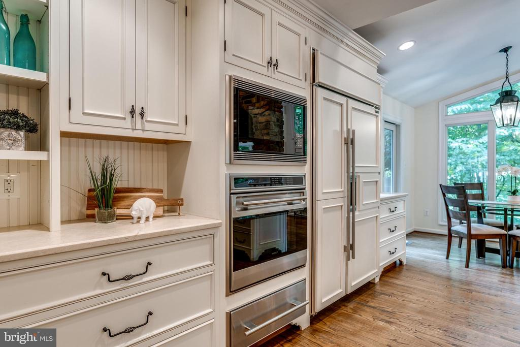 Wolf Wall Ovens with Warming Drawer - 1224 BISHOPSGATE WAY, RESTON