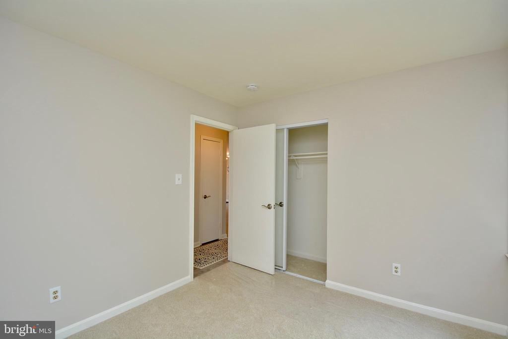 Second Bedroom - Second View - 13416 BRYCE CT, HERNDON