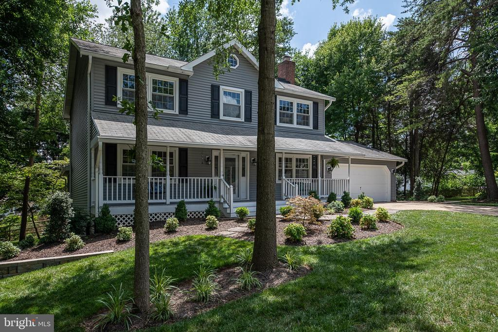 Return again and again to 505 Woodshire - 505 WOODSHIRE LN, HERNDON