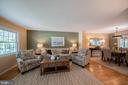 Hardwood floors throughout main level - 505 WOODSHIRE LN, HERNDON