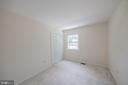 Upstairs bedroom #4 overlooks front of home - 505 WOODSHIRE LN, HERNDON