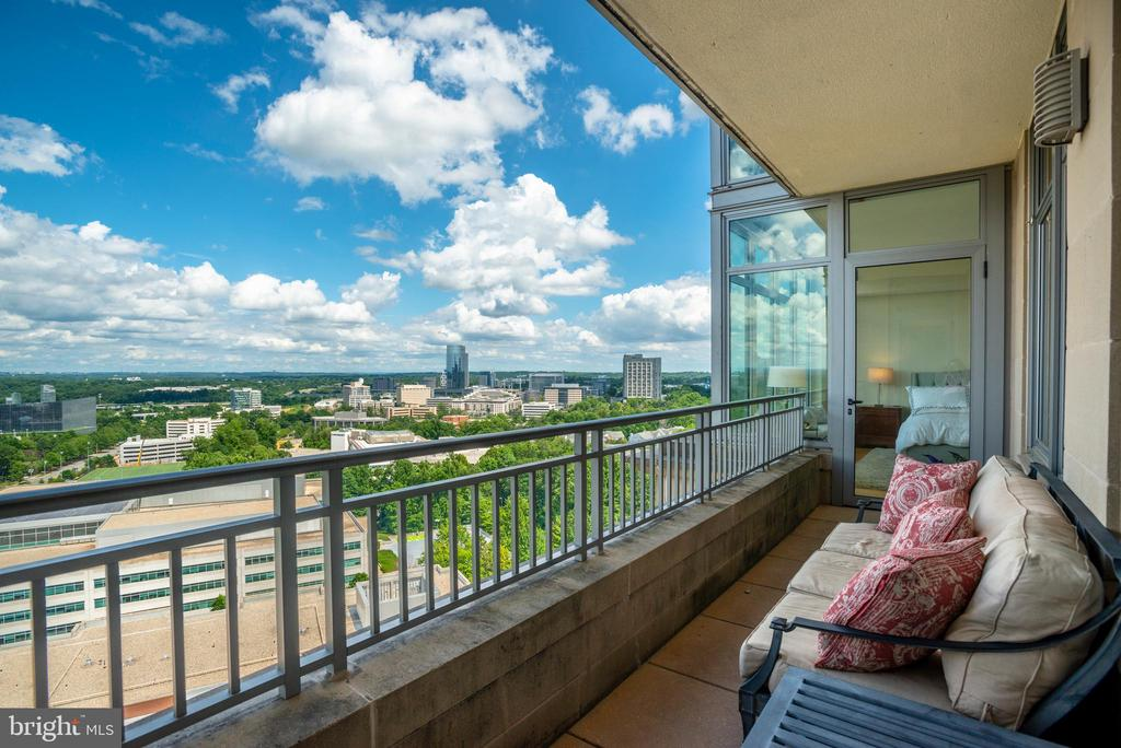 Second Balcony - 8220 CRESTWOOD HEIGHTS DR #1814, MCLEAN