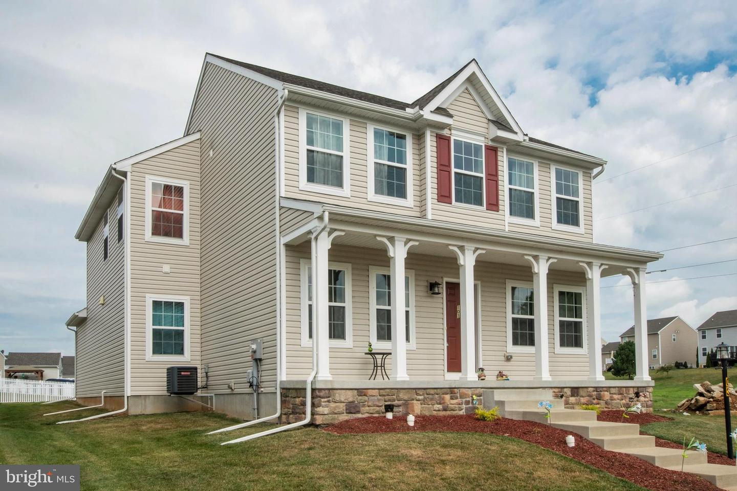 Single Family Homes for Sale at 103 HONEYSUCKLE DRIVE Marietta, Pennsylvania 17547 United States